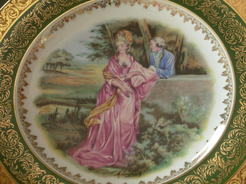 Ustensiles de cuisine ustensiles anciens vaisselle - Assiette de presentation doree ...